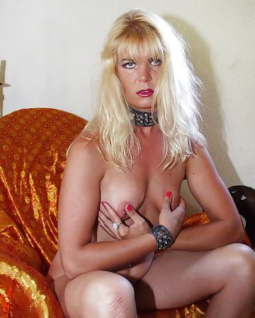 Blonde swinger - 28 - Coco la Perra