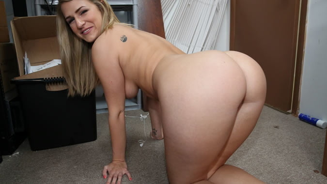 college-jock-big-booty-nude