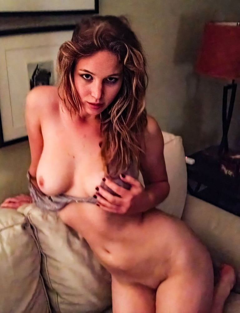Jennifer aniston naked fakes porn