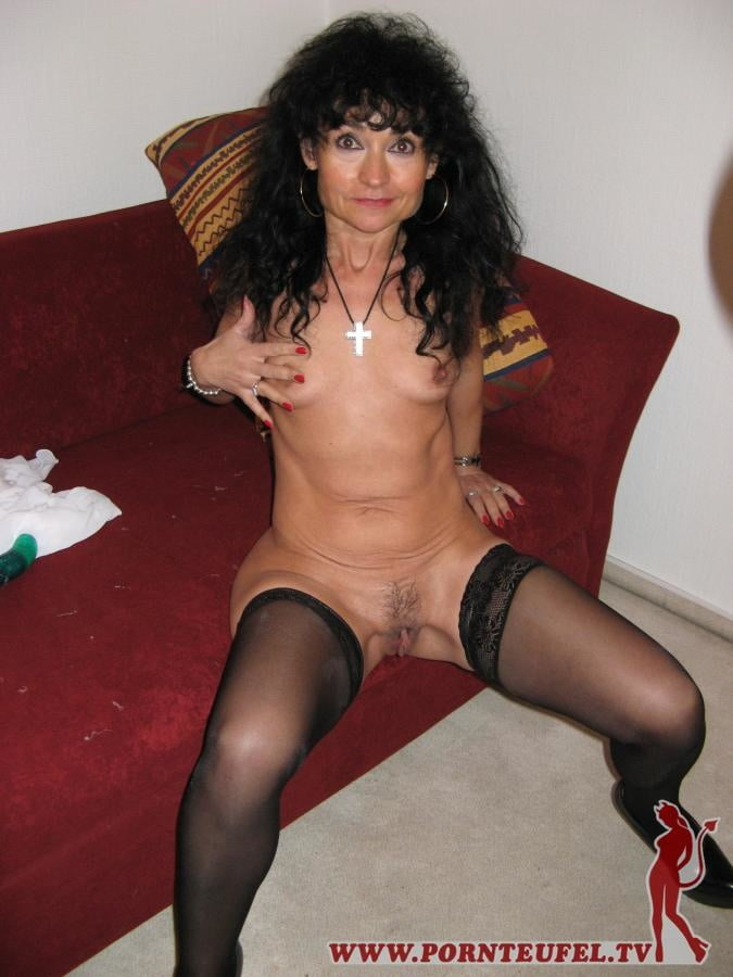Milf sluts spread for all pornteufel.tv - 25 Pics