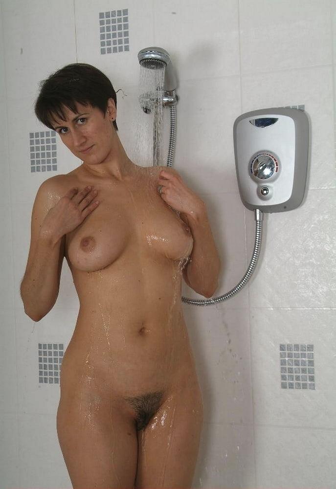 Housewife Michaela set 12 - 80 Pics