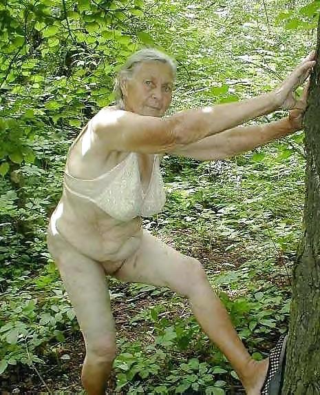 women-disrobing-in-the-woods