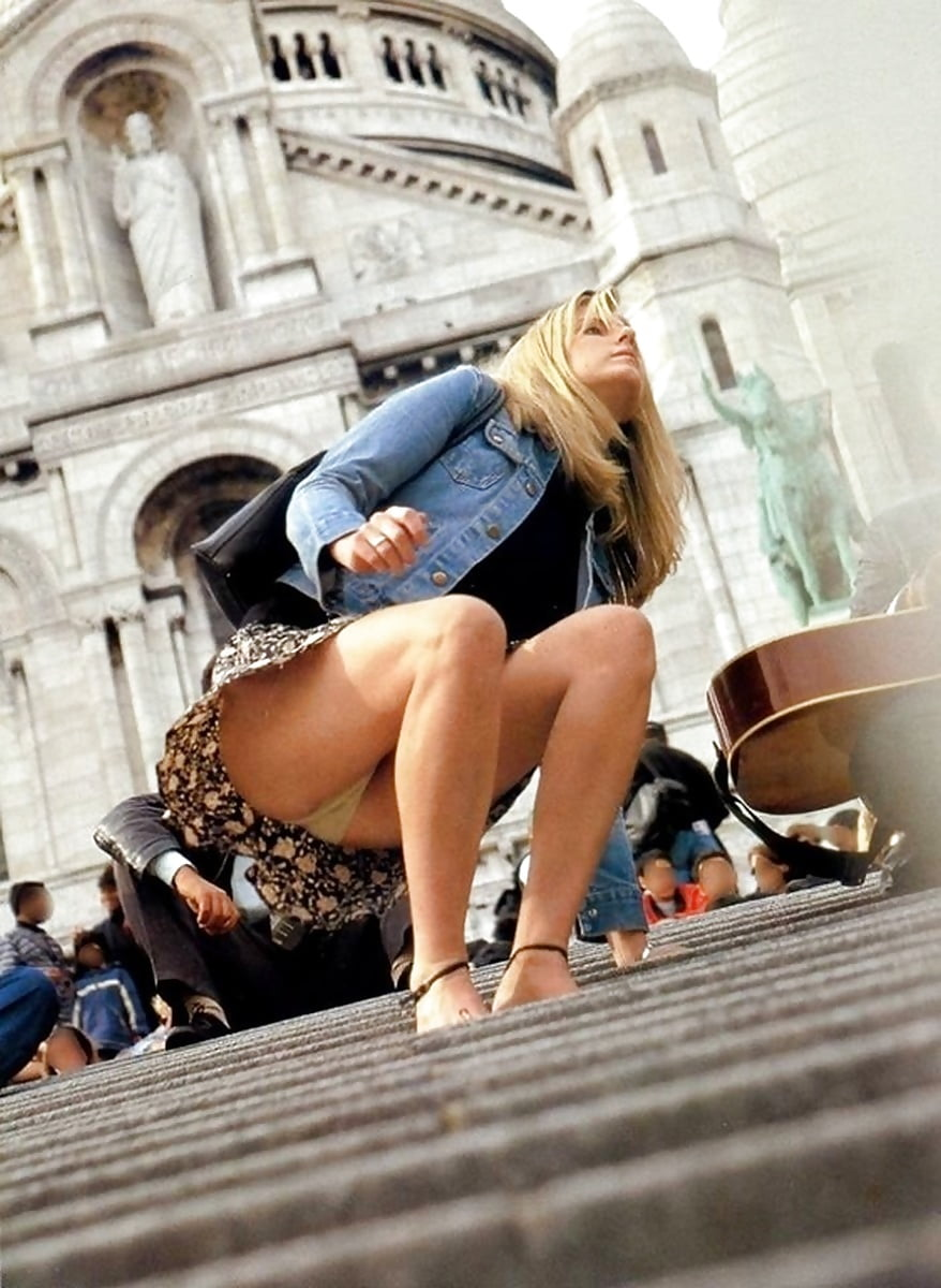 upskirt-steps-crying-during