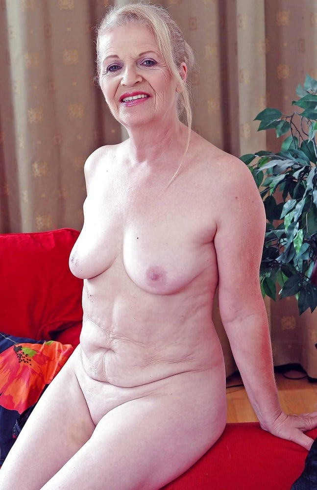 Granny and Mature - 10 Pics