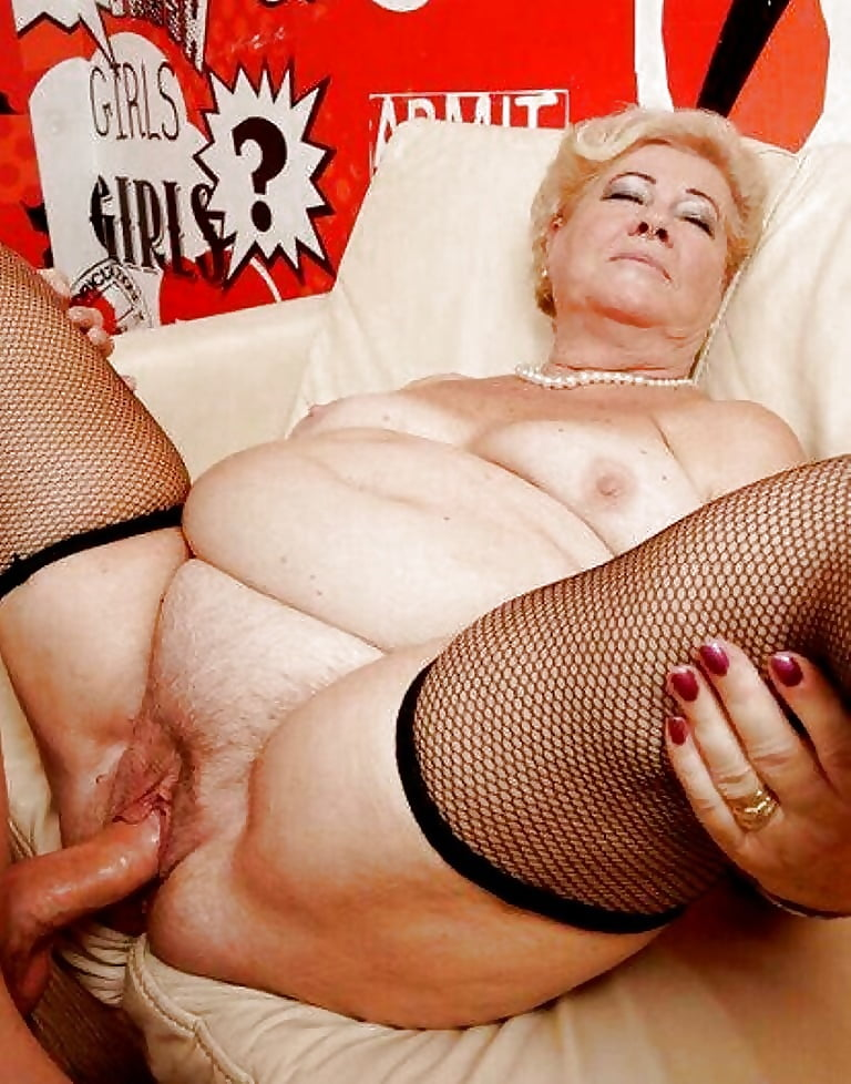 Beautiful granny is still hungry for fuck and cock