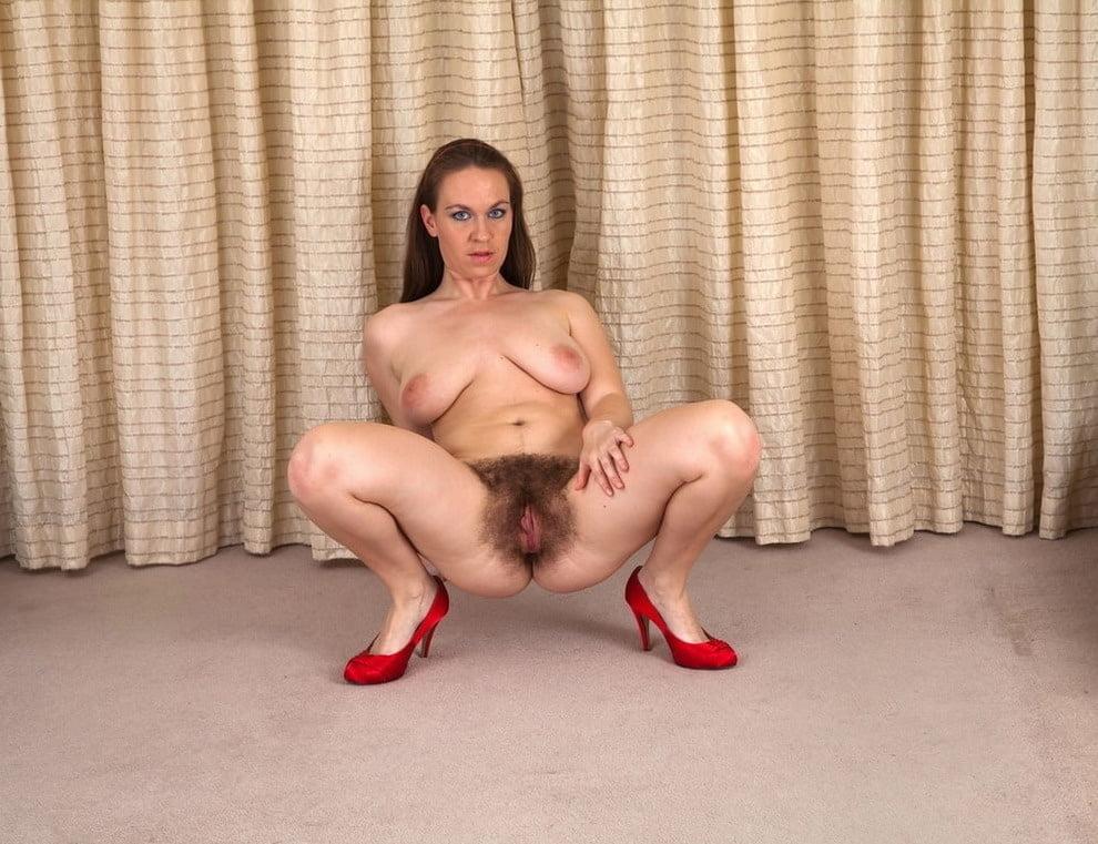 Hairy milf webcam-5580