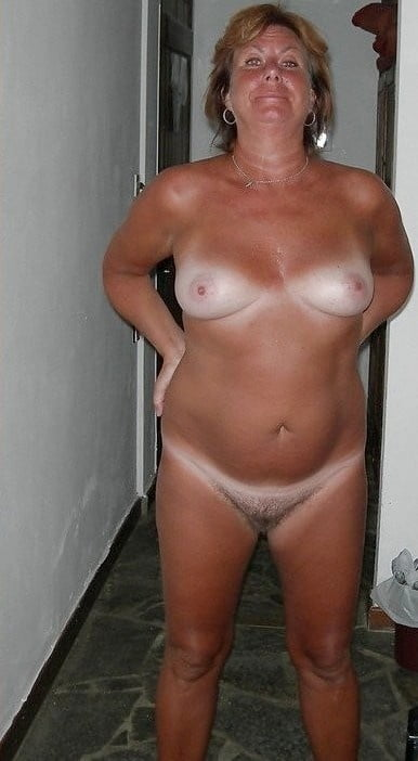 Mature naked ladies