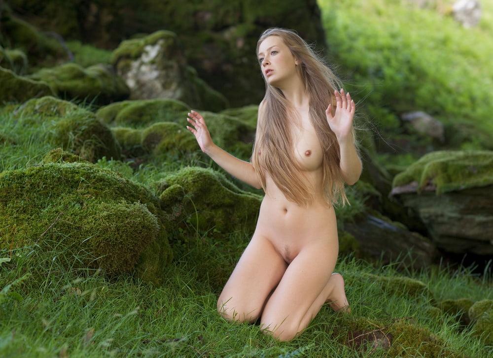 Naked irish girls nude