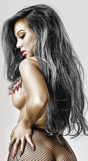 Dannie riel naked