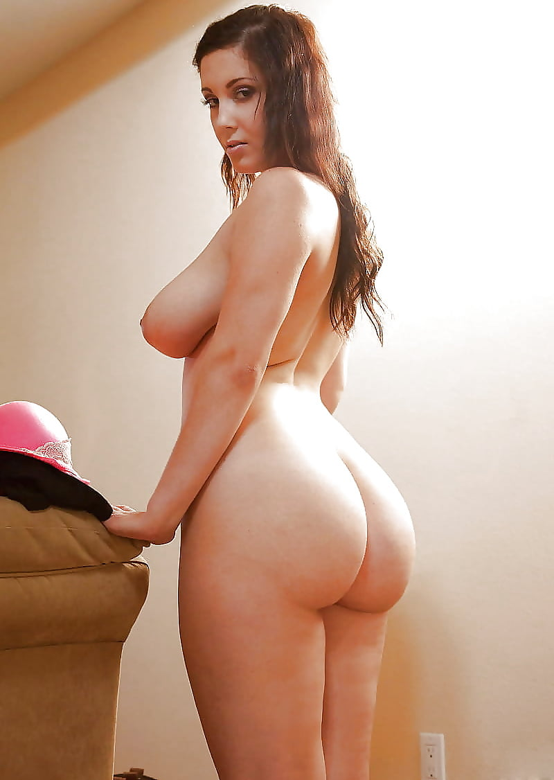 White naked girls with big butt — photo 7