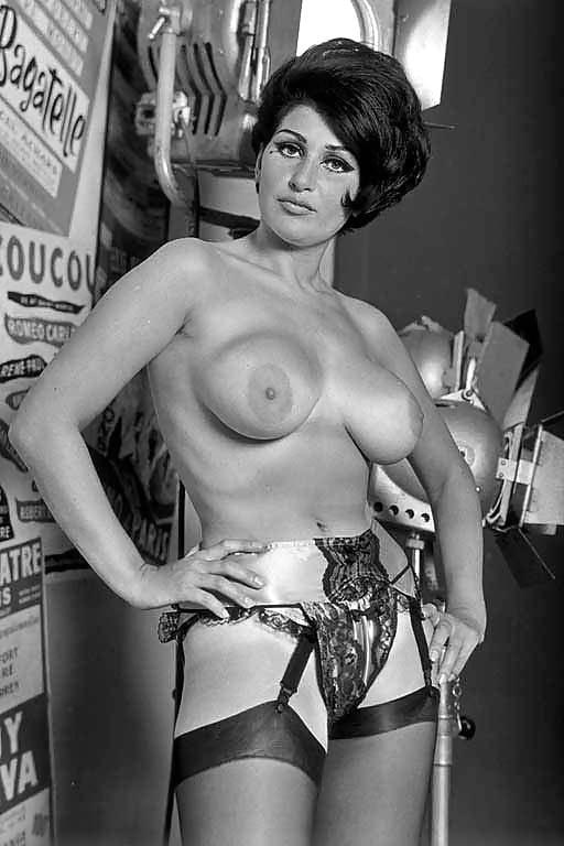 Elizabeth Taylor As Cleopatra Nude