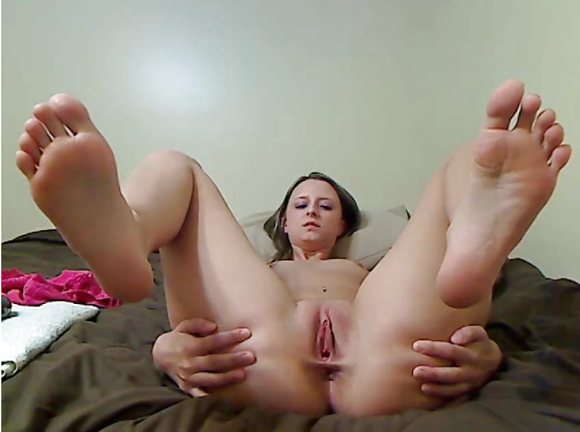 feet and girl pussy Chubby