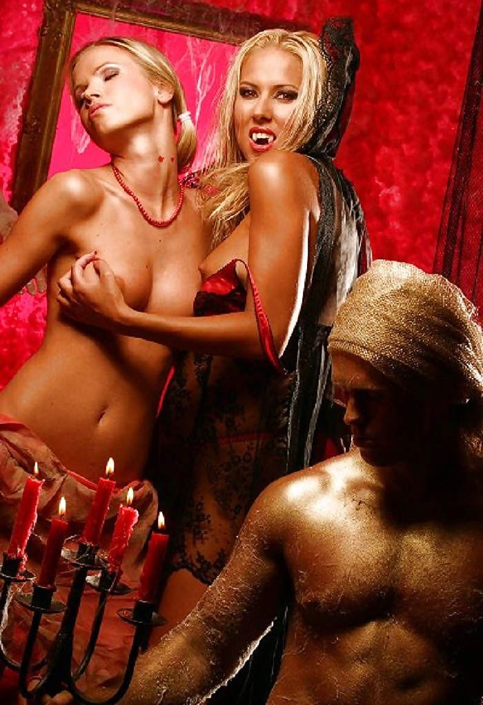 free-naked-vampires-pictures