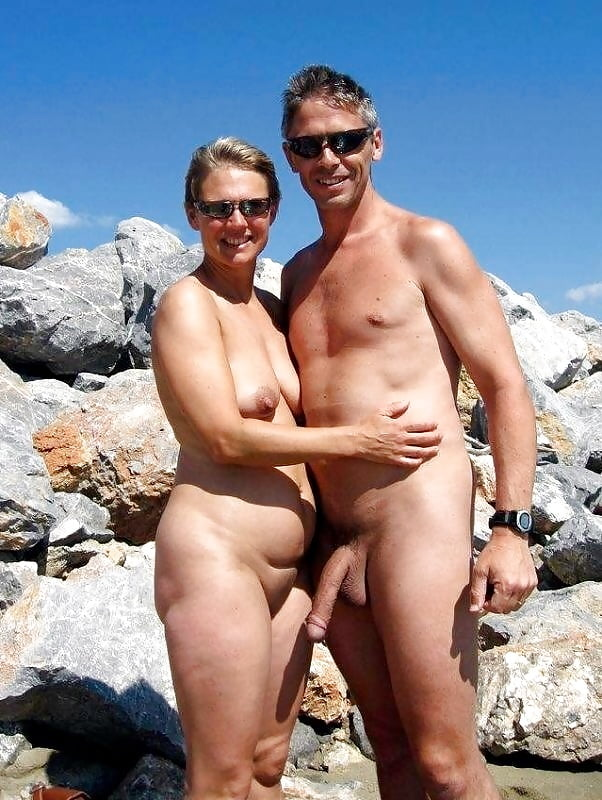 nudist-couple-holding-penis-nude-sexy-men-sex