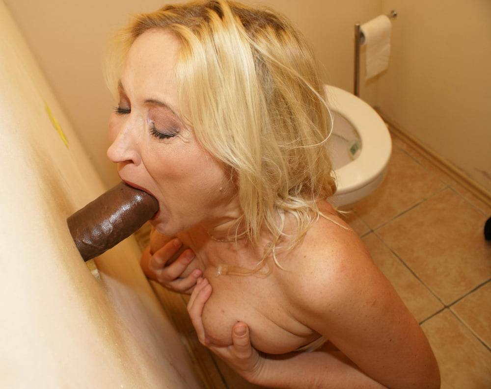 russian-glory-hole-granny