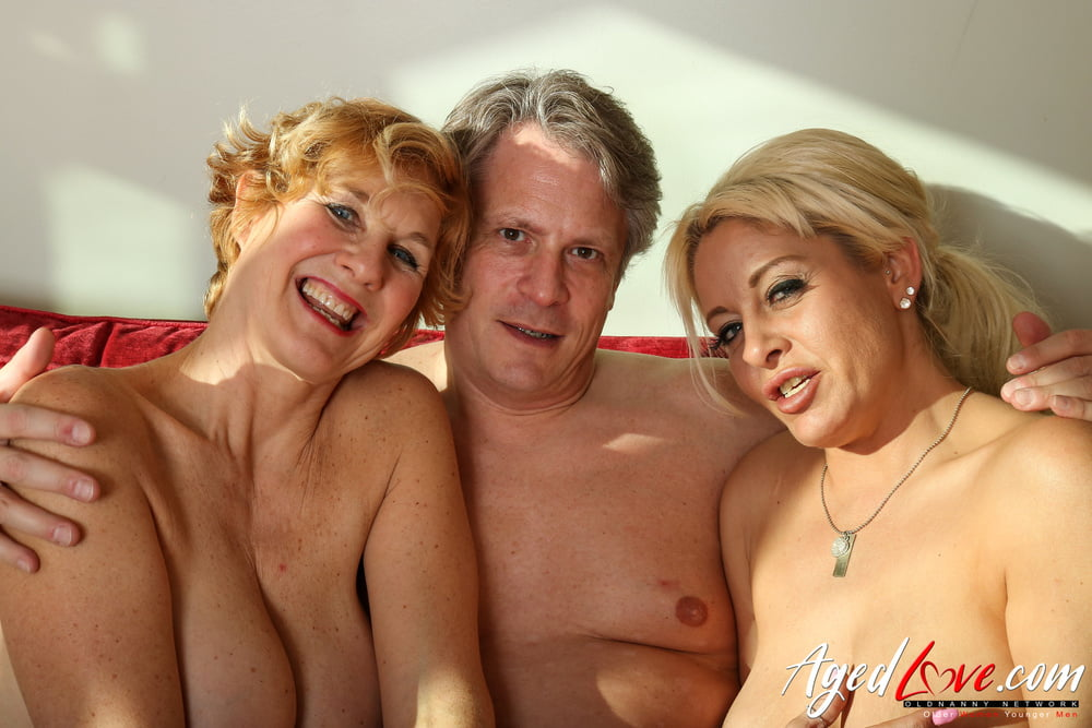 Woman with two vaginas naked