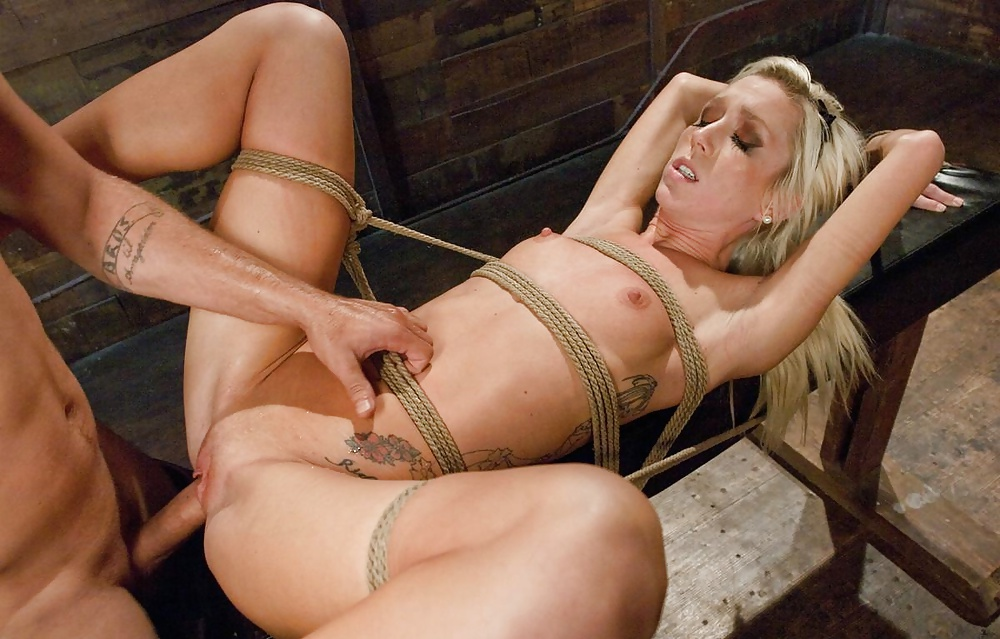 Hot girl gets tied up and fucked