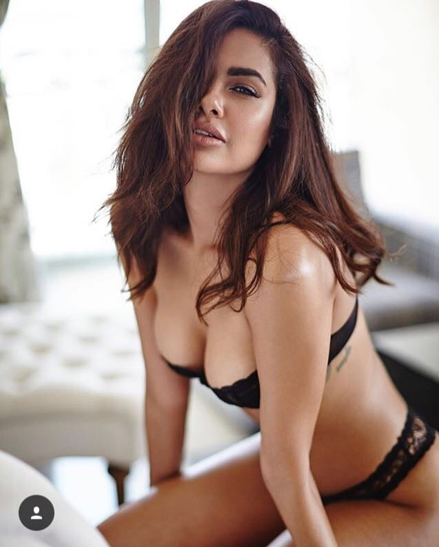 Top sexy bollywood movies-9052