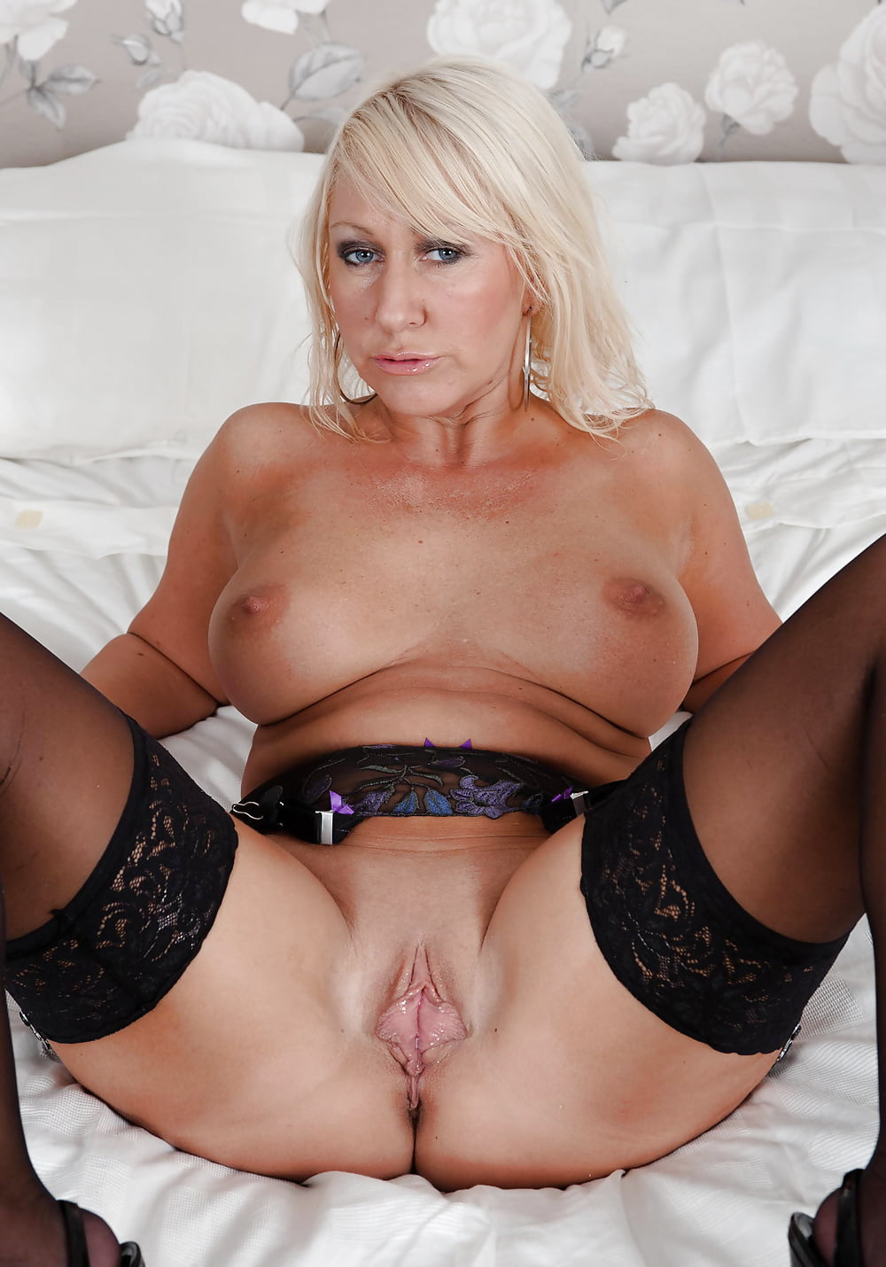 Anal porno russian mature blonde milf shaved pussy sex school girl