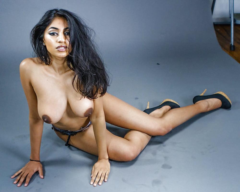 Awesome indian girl vijaya singh nude pics just for you