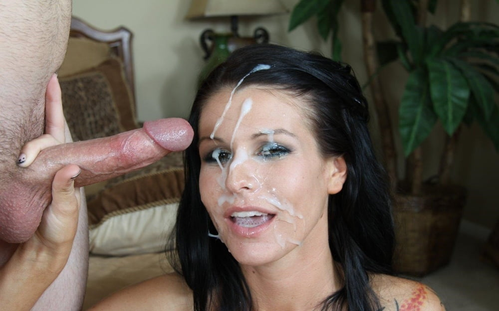 Riley reid takes a huge load of jizz all over her smiling face
