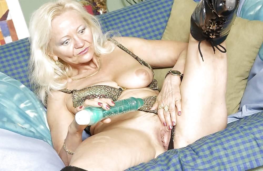 Порно фото бабок с самотыками, секс актрис российского кино