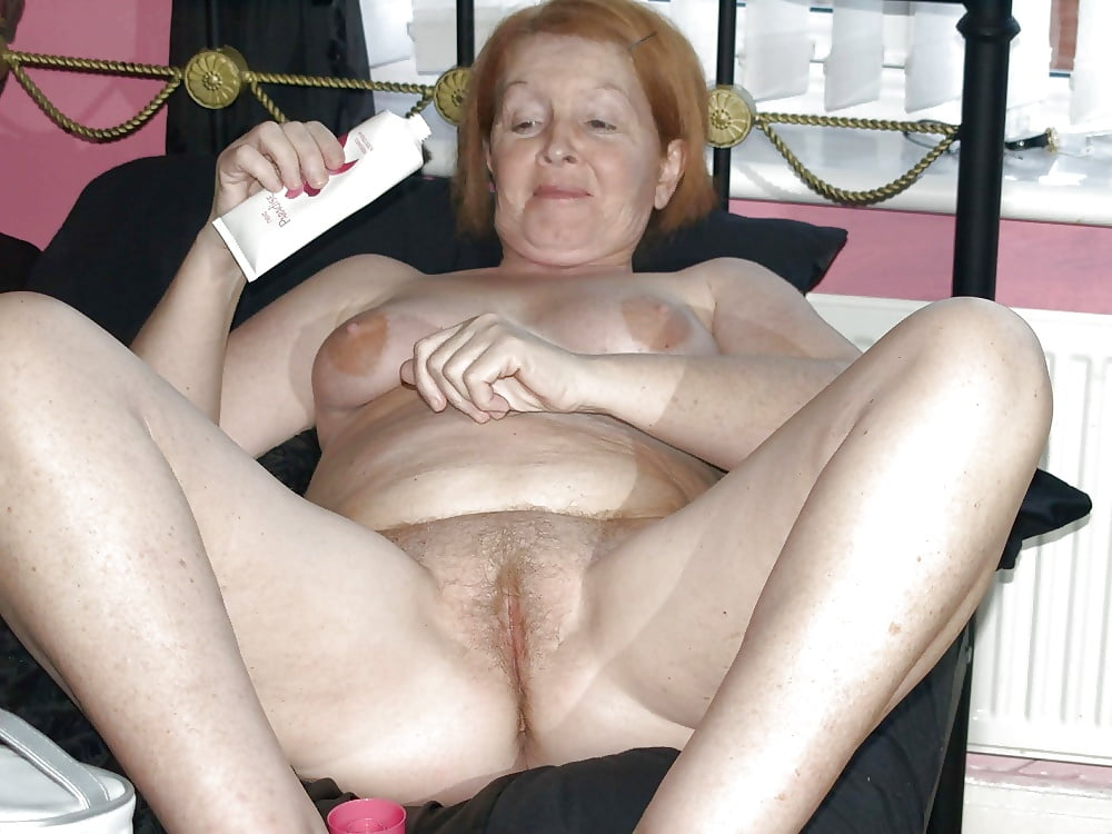 video-granny-old-amateur