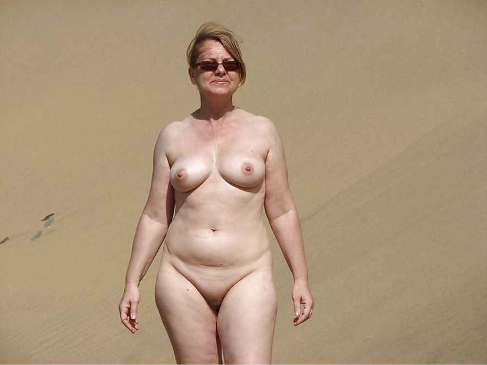 Naked mature beach moms bead