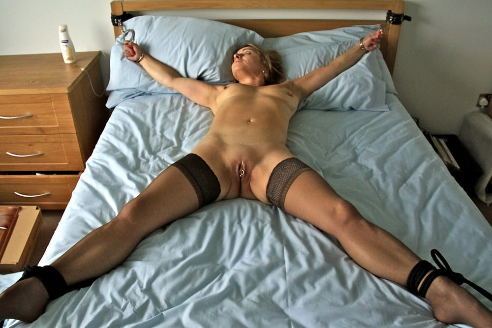 Naked Wife Extreme Home Porn In Coarse Bondage Dilettante Scenes