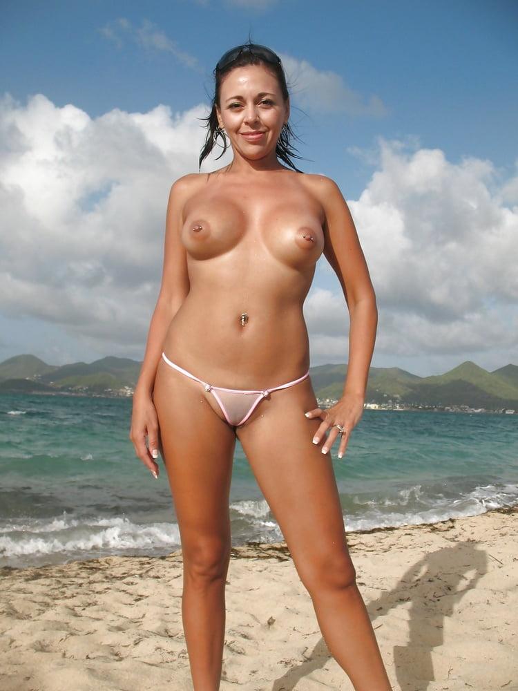 Naked polynesian milf