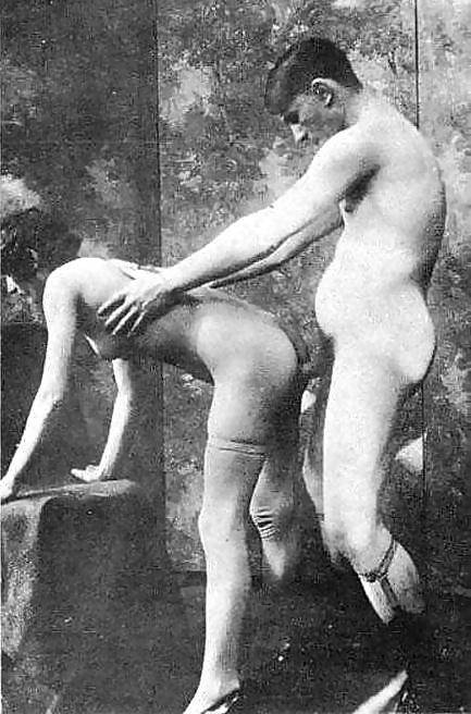 порно фото моляры стриптиз школьной