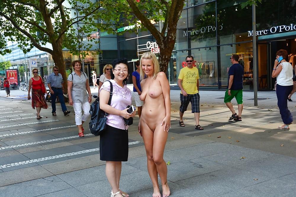Xxx men naked public