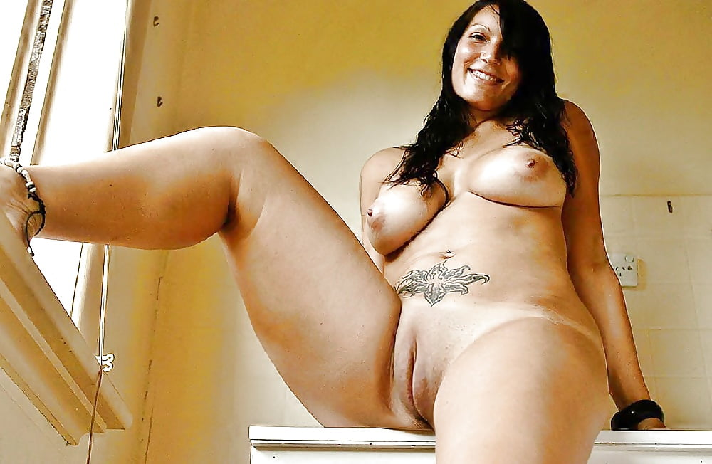 Sexy spanish thick latina stripper fucked