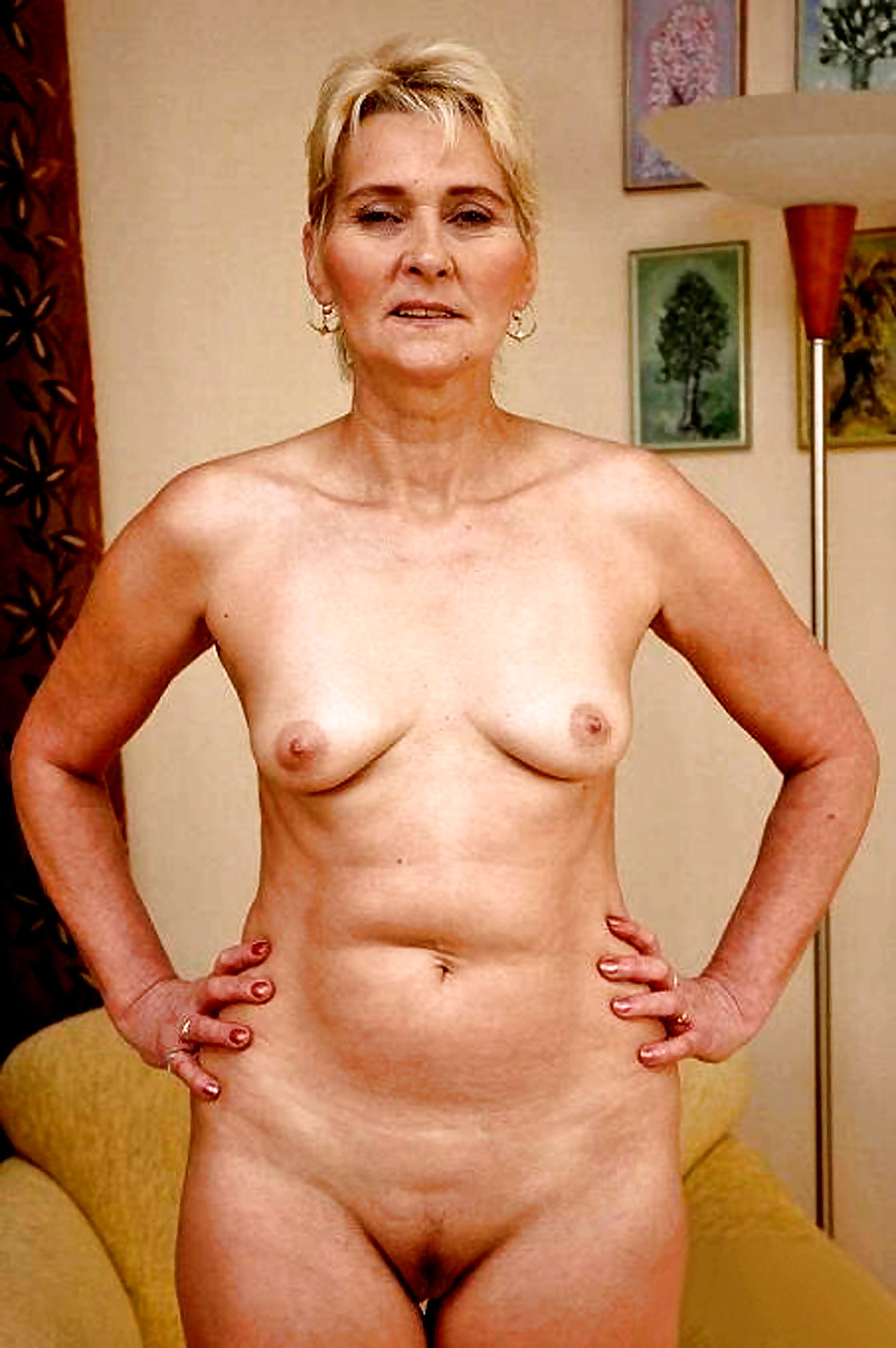 Old average nude women