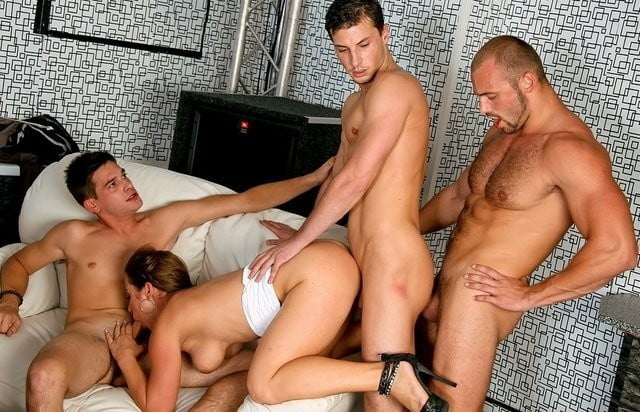 xvideos gay pornstars hit rankings