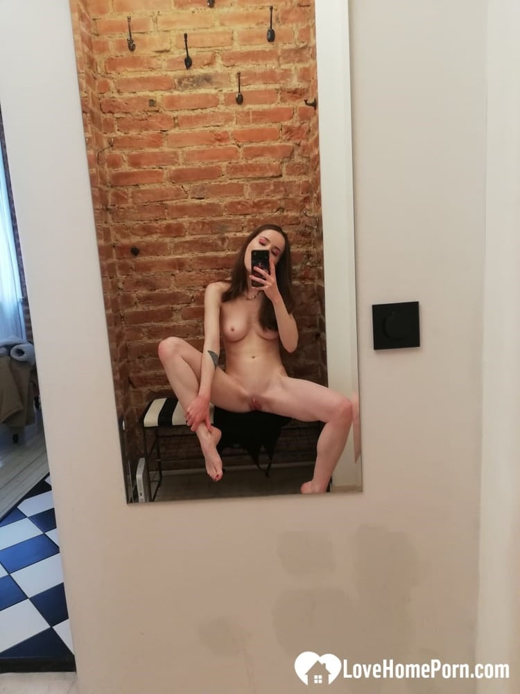 Checking out my new tattoo while naked - 33 Pics