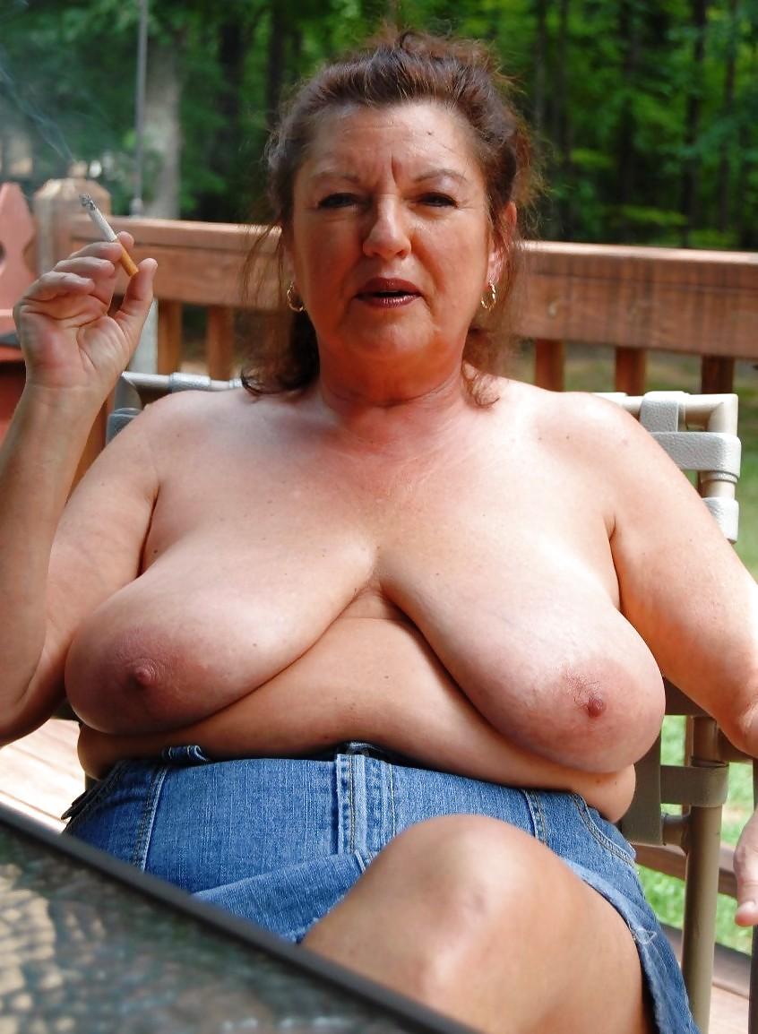 Naked saggy tits grannies pics