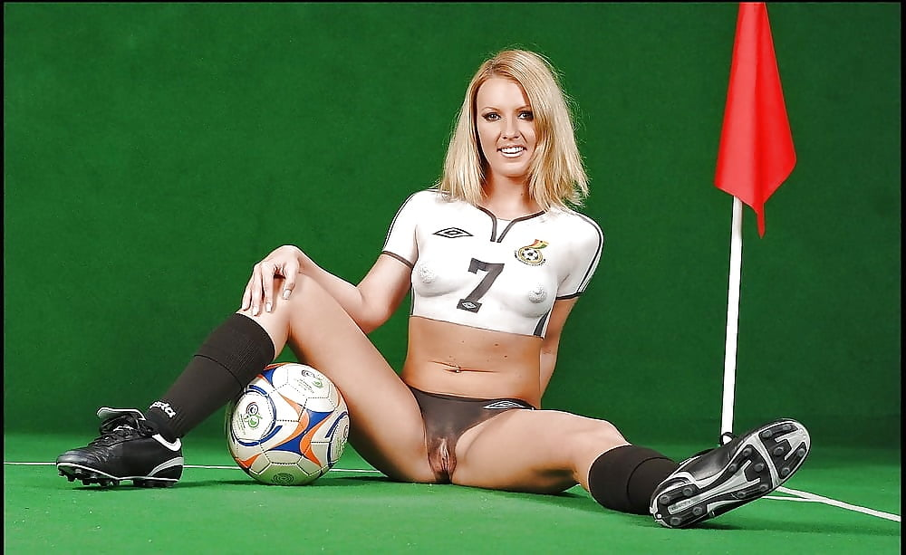 Erotic football player girl — pic 7