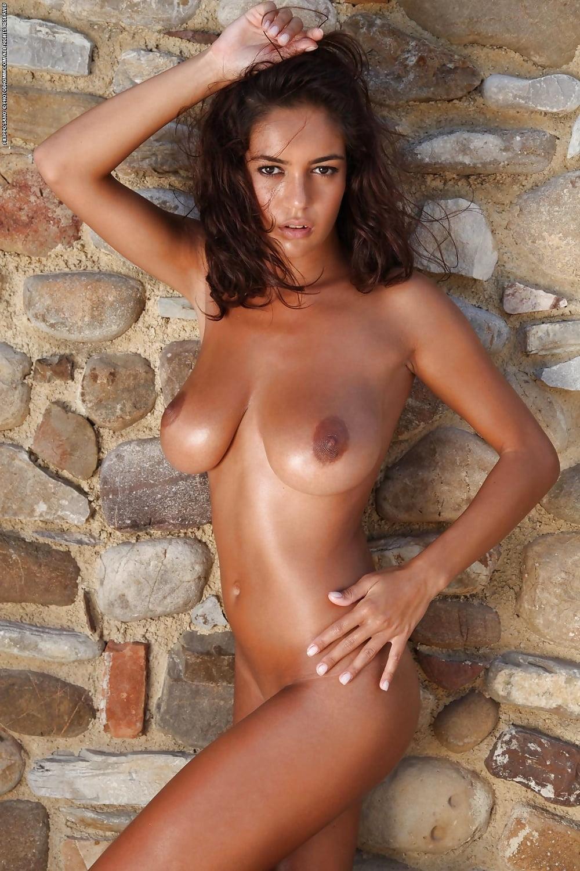 beautiful-romanian-naked-girls