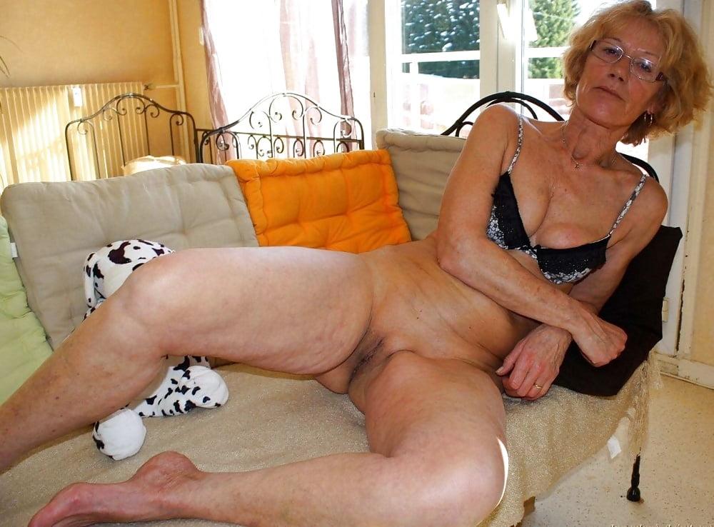 grannies-porn-hot-wet-pussy-cocktails