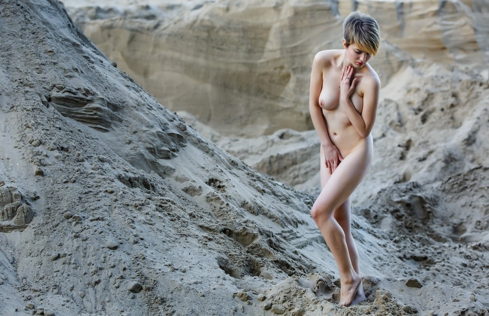 Nude girls - 61 Pics