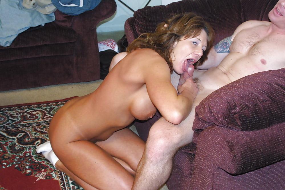 остался один домашняя съемка секса со зрелой лизы