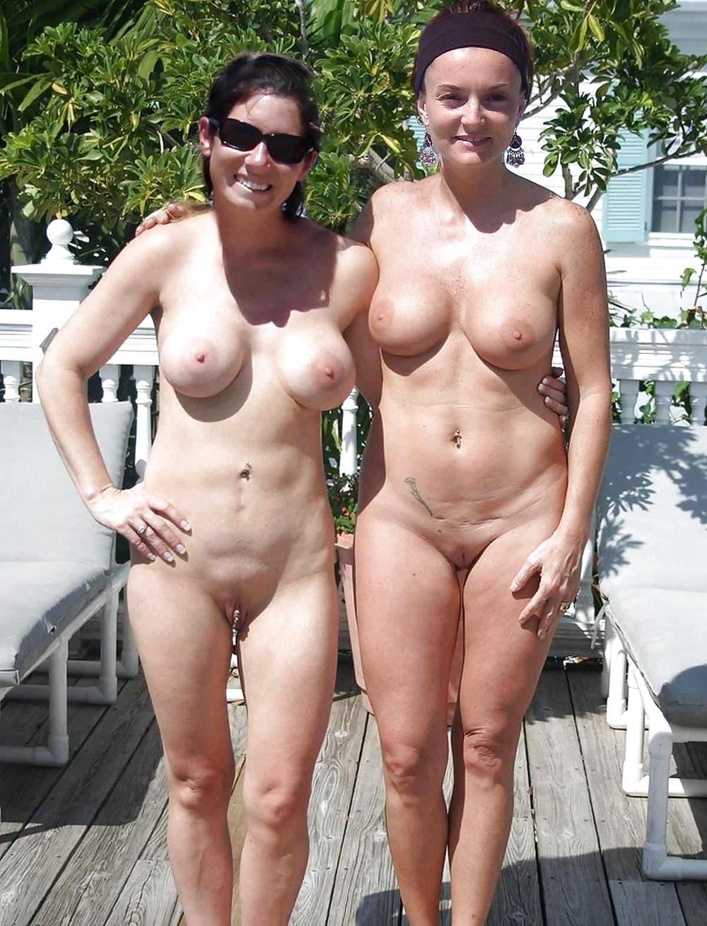Abuleas nudistas y calientes senora de las cuatro decadas - 3 part 2