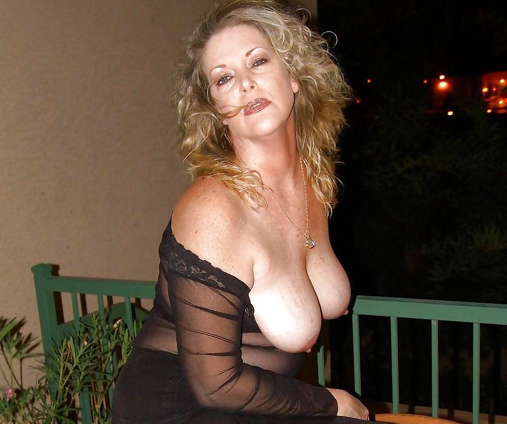 фото большая грудь женщин в возрасте нас товарищ психолог
