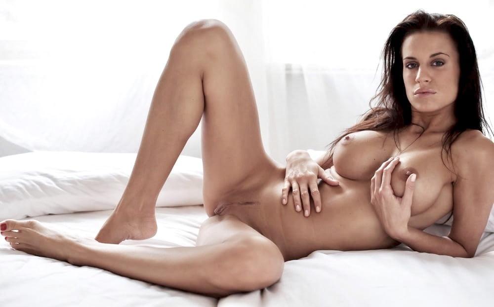 porno-aktrisa-rona