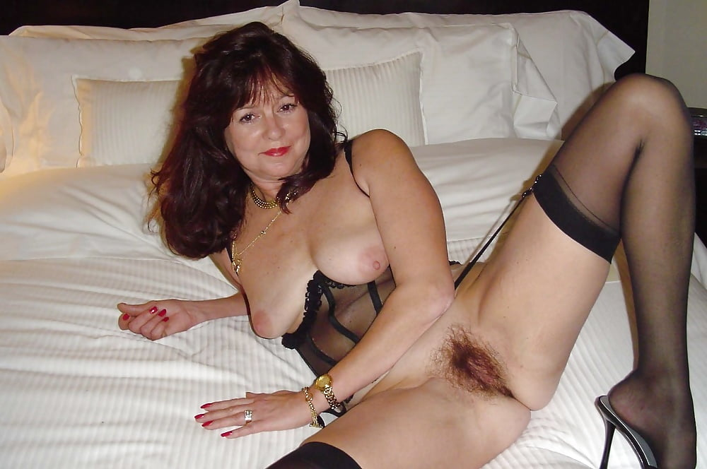 Mature women pegging men-6451