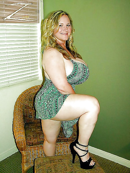 Big tits thick legs
