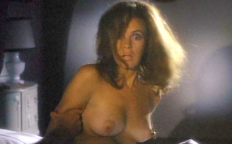 Stefanie powers naked booty s fronterapirata