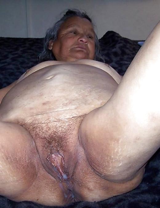 Oma ugly nude — photo 10