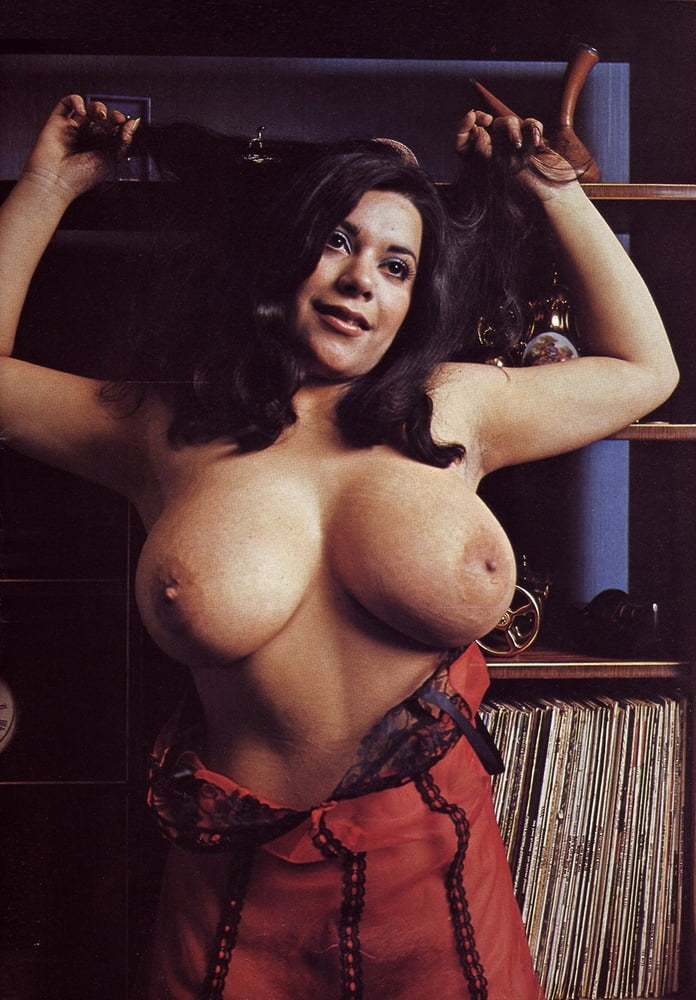 adrienne-barbeau-real-pussy-pics